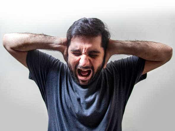 man screaming with headaches: does mk677 cause headache